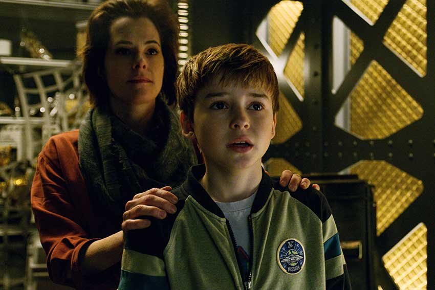 Lost In Space Parker Posey and Max Jenkins