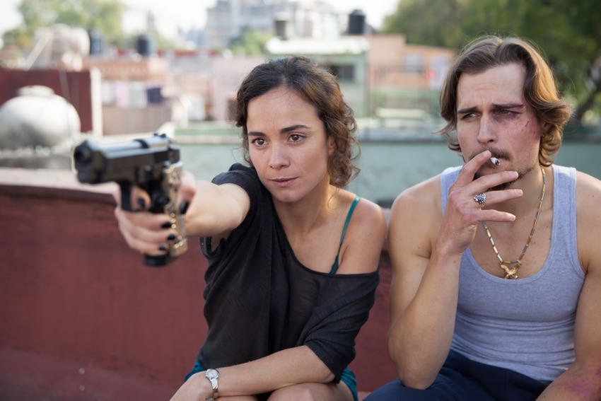 Queen of the South Alice Braga 1